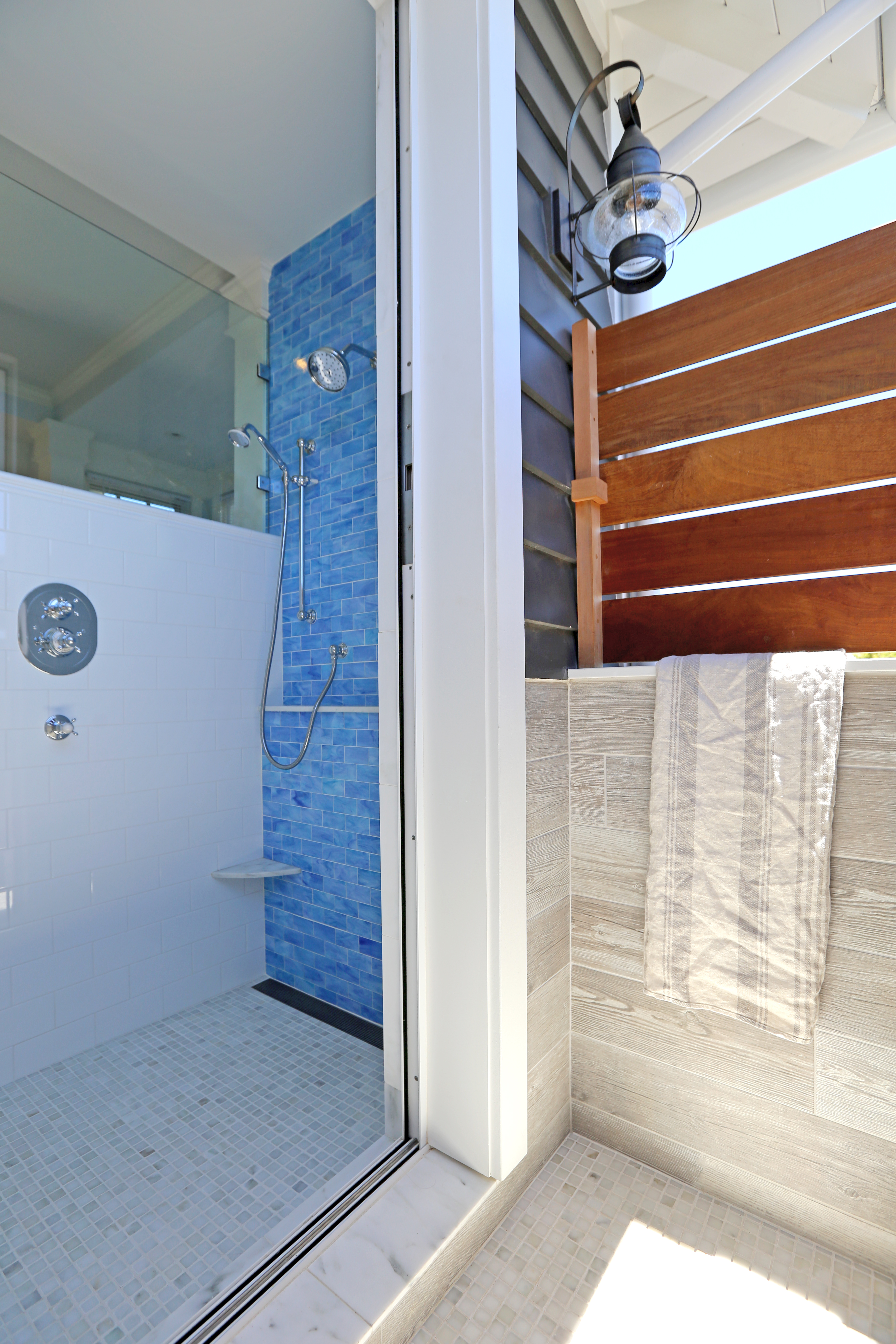 indoor/outdoor shower | CABOCHON COLLECTIVE